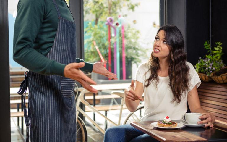 8 sätt att hantera kunder som klagar