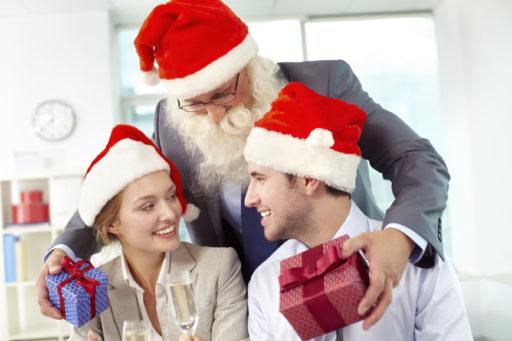 Julklappar och julbord för anställda och kunder – det gäller