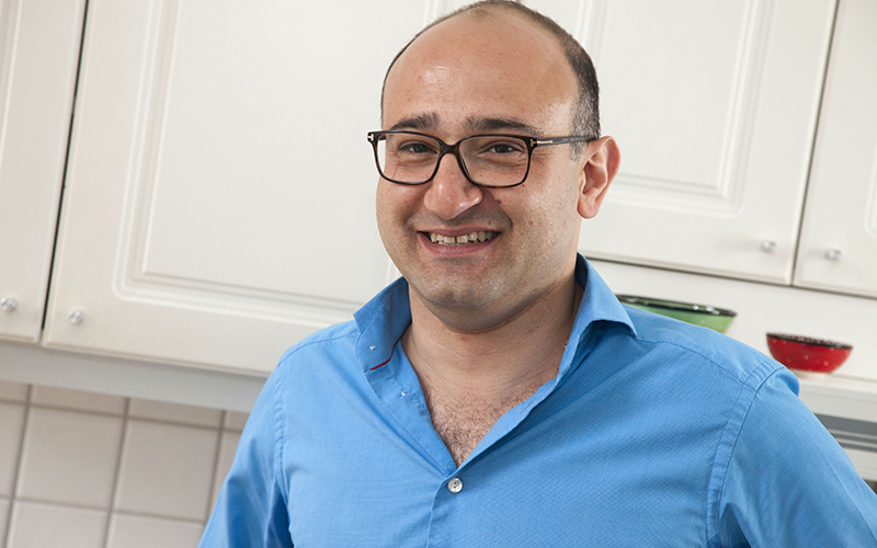 <![CDATA[Hassan Moghaddam, grundare och VD för Eazpac AB. Foto: Niklas Lagström.]]>