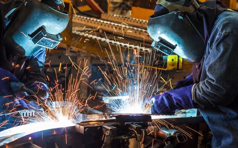 <![CDATA[Svenska småföretag är tveksamma till att nyanställa. Foto: Getty Images]]>