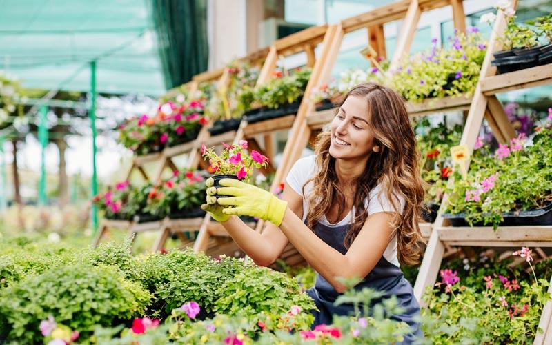 <![CDATA[Unga kvinnor har lättare att få sommarjobb. Foto: Getty Images]]>