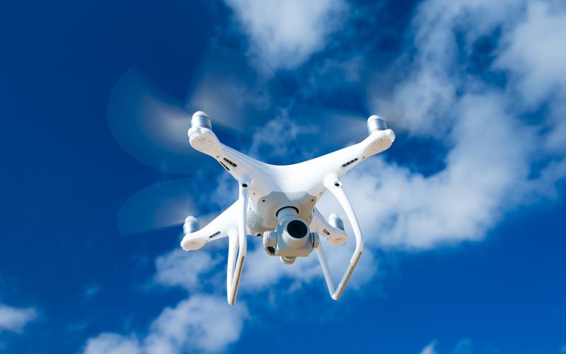 <![CDATA[Det ska bli enklare för företager att använda drönare med kamera. Foto: Getty Images]]>