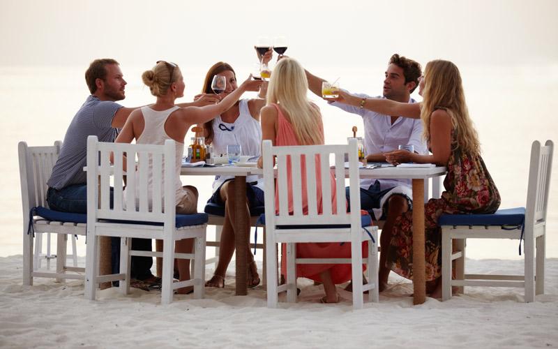 <![CDATA[Folk vill äta gott och roa sig även i framtiden. Foto: Getty Images]]>