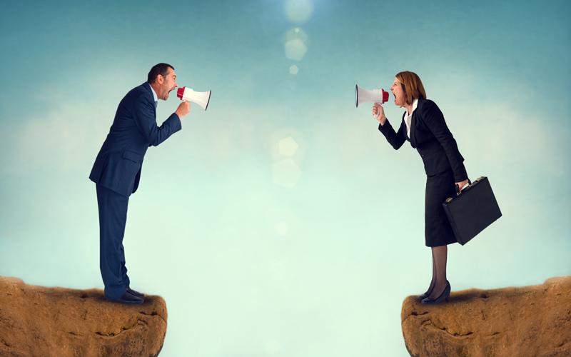 <![CDATA[Vad gör du när ex-maken kuppar ut dig från företaget?]]>