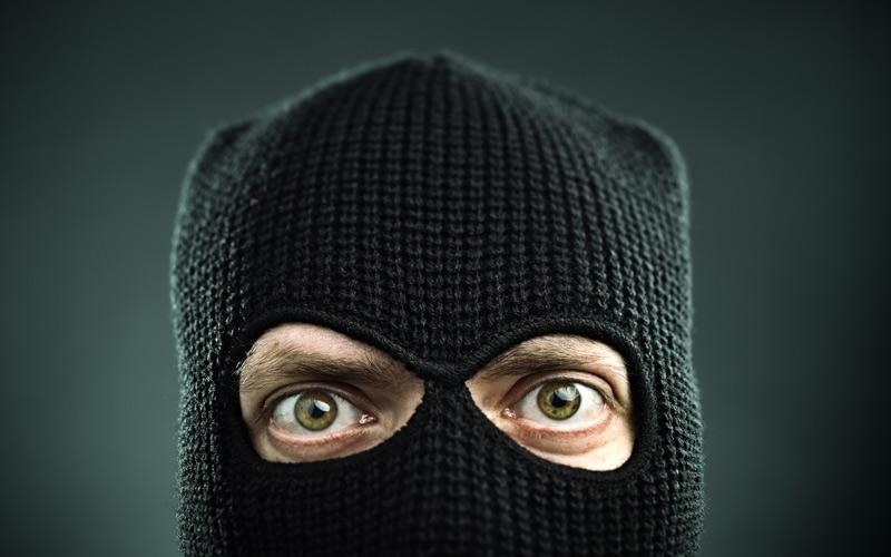<![CDATA[Fakturaskojarna har kanske inte rånarluva men de lurar till sig dina pengar. Foto: Getty Images]]>