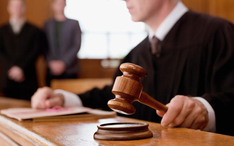 Kissie vinner och förlorar i domstol
