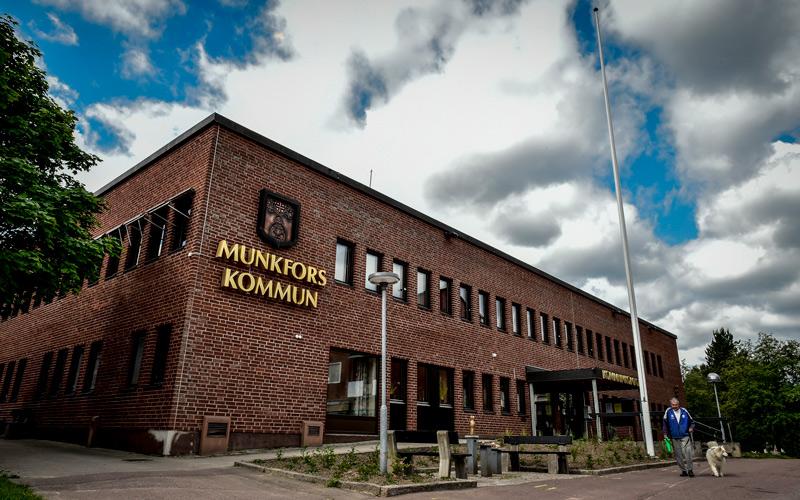 Munkfors kanske inte har Sveriges snyggaste kommunhus men de är bäst i landet på e-handel.
