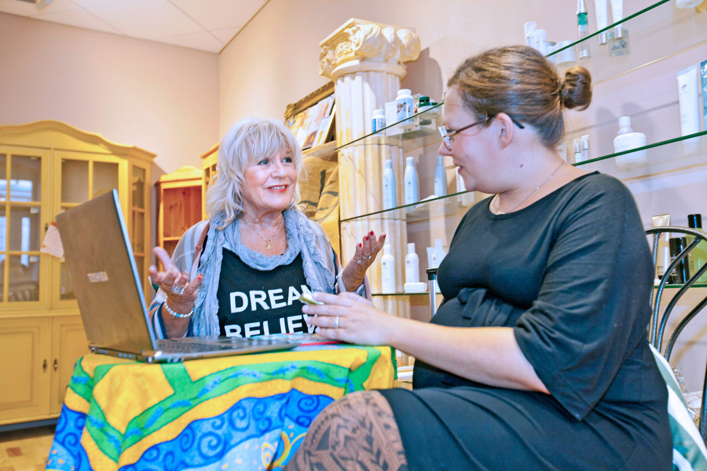Christina Schollin fick tidigare affärsråd av Driva Egets medarbetare Ebba Arnborg. Men det var före striden om lokalen. Foto: Björn Leijon.