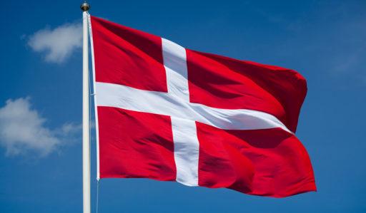 Måste jag betalamoms till Danmark?