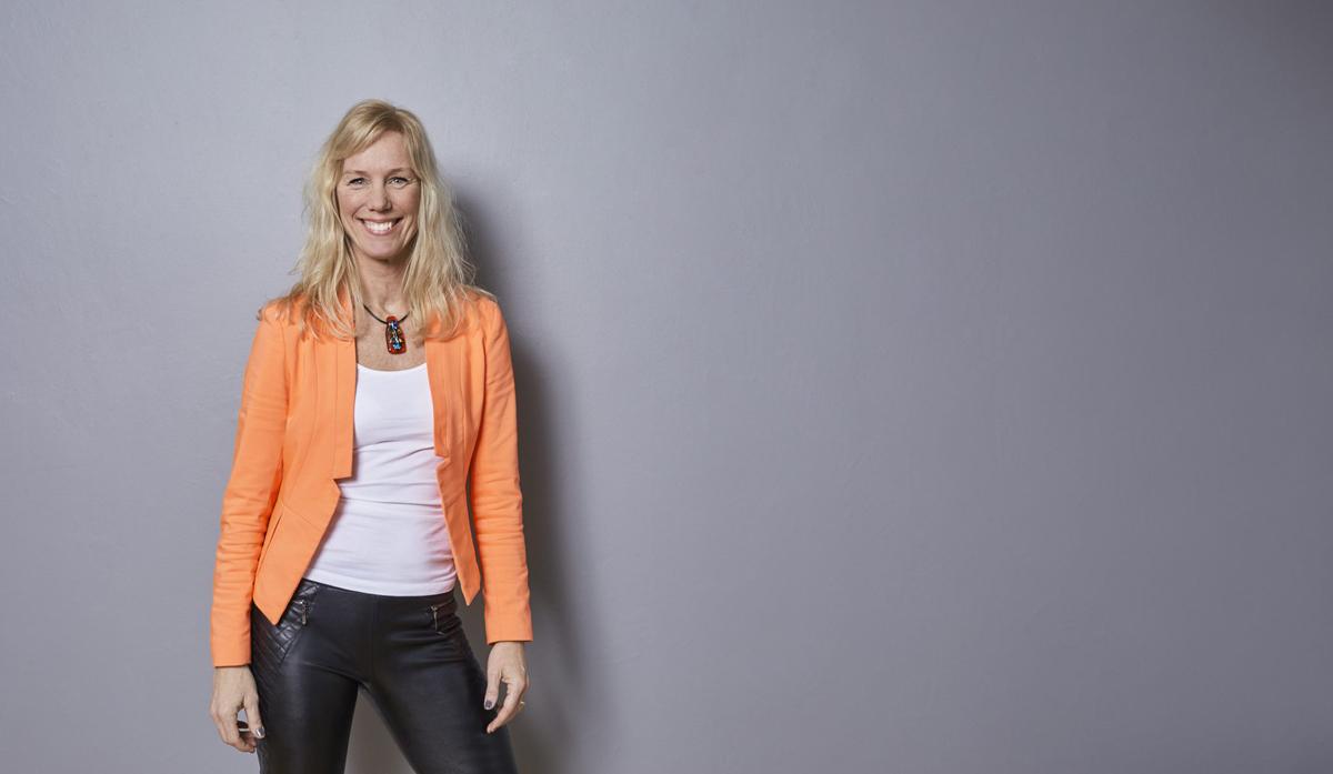 Undvik stress och sluta jaga den perfekta balansen i livet menar Helena Eriksson Grönbek.