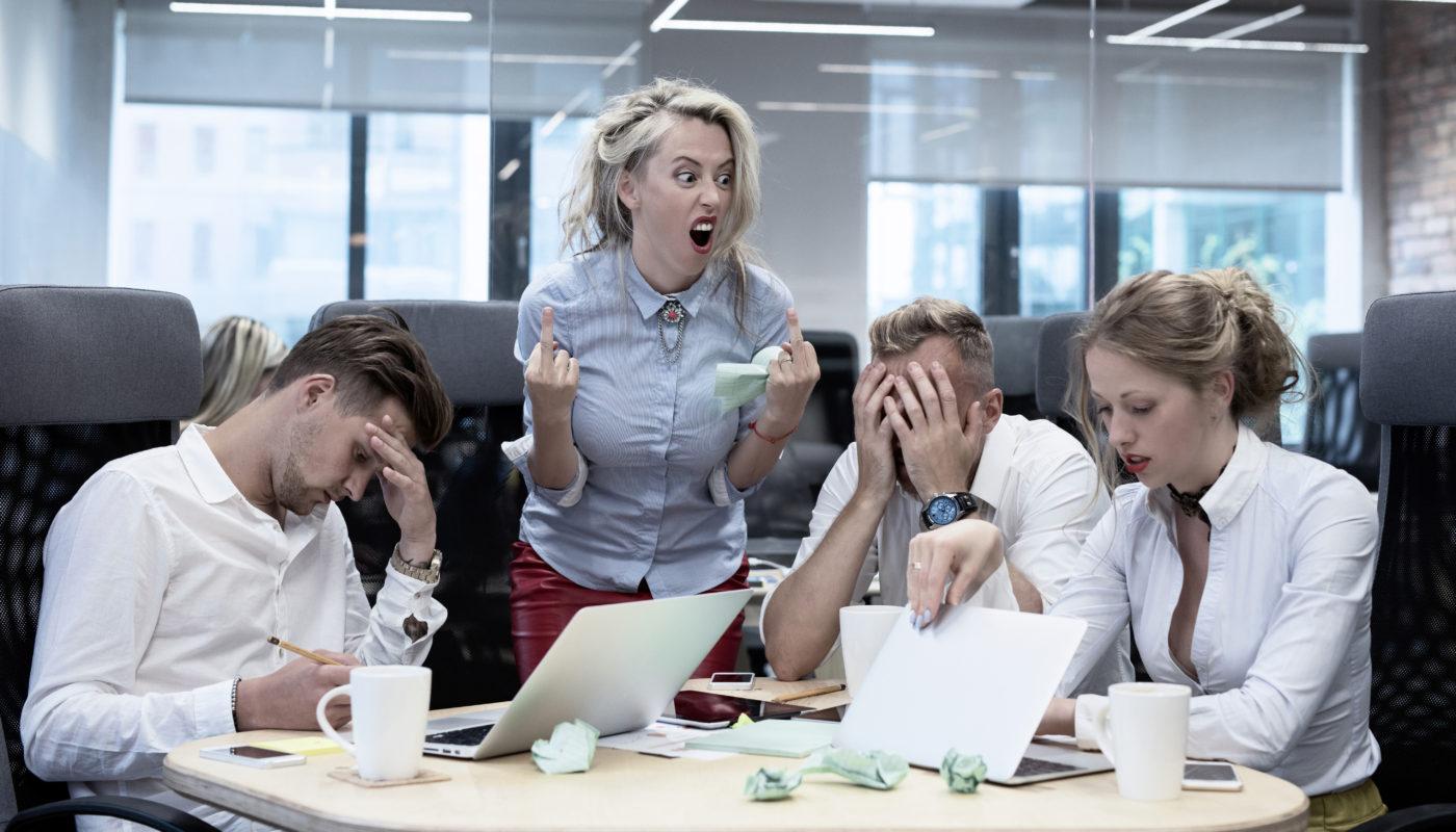Undvik fällorna som gör att du blir chefen det snackas skit om. FOTO GETTY IMAGES
