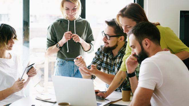 Gäller korttidsarbete (korttidspermittering) för ägare i aktiebolag och familjemedlemmar?